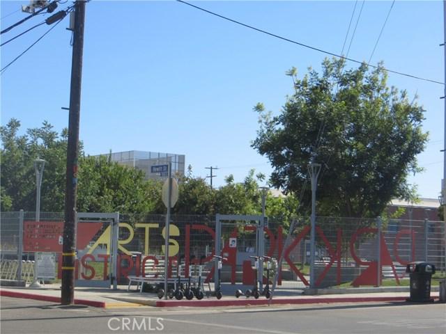 527 S Molino Street, Los Angeles CA: http://media.crmls.org/medias/0353e472-01a7-4758-9790-d5de614d72a2.jpg