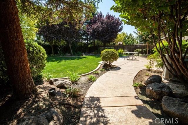 1169 Bellflower Way, Los Banos CA: http://media.crmls.org/medias/035b562f-ce95-4b41-bd48-3f1b72eb6249.jpg