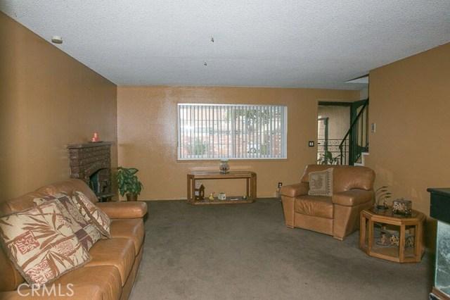 136 W Simmons Av, Anaheim, CA 92802 Photo 2
