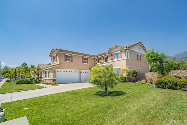 2902 Split Mountain Lane, San Bernardino CA: http://media.crmls.org/medias/03692775-b93d-4497-89f3-4d5cd2ec4e87.jpg