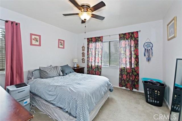 488 E 16th Street, San Bernardino CA: http://media.crmls.org/medias/03718954-51c9-4690-a403-dda9702859f4.jpg