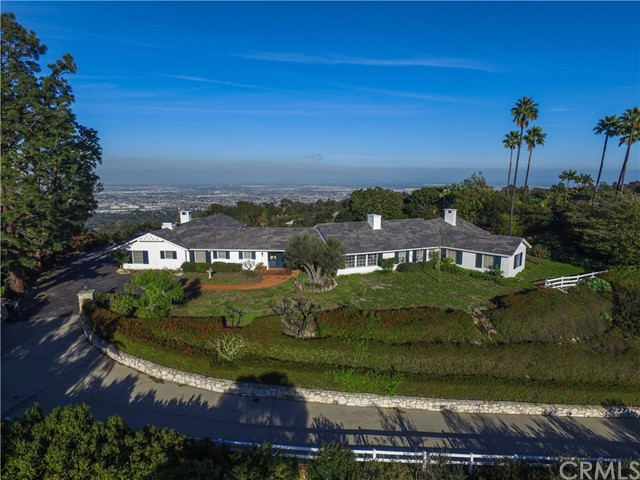 7 CREST ROAD WEST, Rolling Hills, California 90274, 5 Bedrooms Bedrooms, ,2 BathroomsBathrooms,Single family residence,For Sale,CREST ROAD WEST,PV18262952