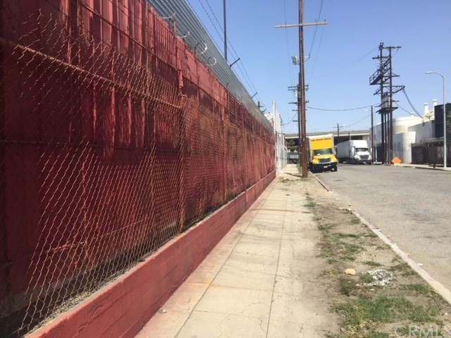 1623 Compton Av, Los Angeles, CA 90021 Photo 4