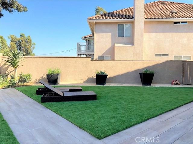 18 Via Vison, Rancho Santa Margarita CA: http://media.crmls.org/medias/0383d1e8-8856-4f71-b6c1-c81330e7f21d.jpg