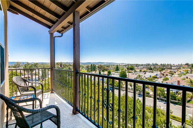 89 Aliso Ridge Loop, Mission Viejo, CA 92691