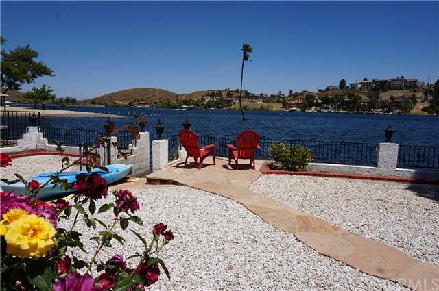 22414 Whirlaway Court Canyon Lake, CA 92587 - MLS #: OC17160645