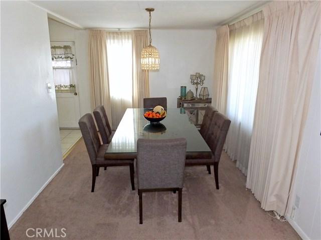 2774 Delta Avenue, Long Beach CA: http://media.crmls.org/medias/03c2673a-631e-4867-a0e3-12cd47b33221.jpg