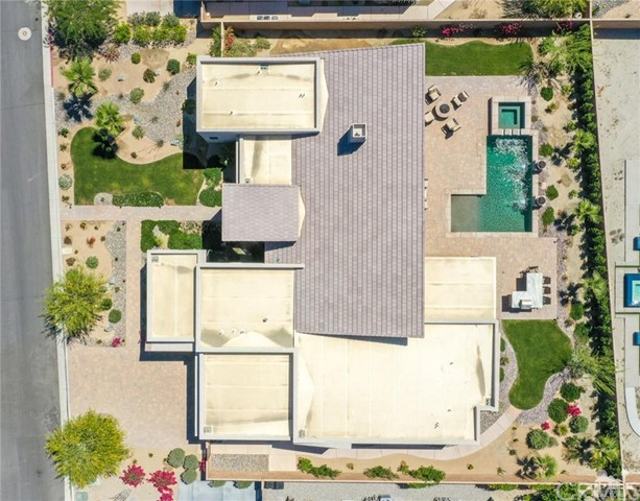 35 Via Noela, Rancho Mirage CA: http://media.crmls.org/medias/03cb76de-a869-4182-84f8-1953e77a901a.jpg