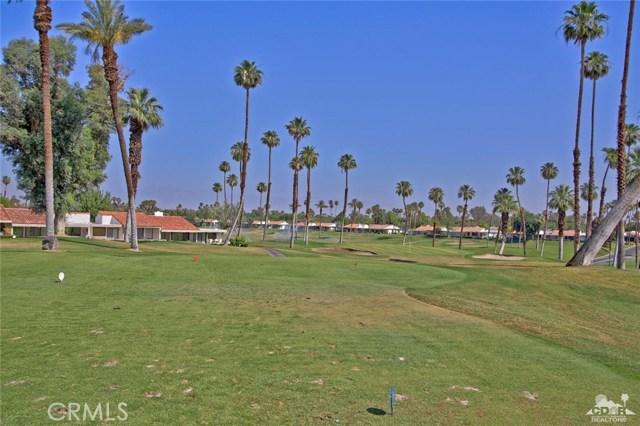 140 Avenida Las Palmas, Rancho Mirage CA: http://media.crmls.org/medias/03d441f4-8798-44ca-8034-b4c18cbc0329.jpg