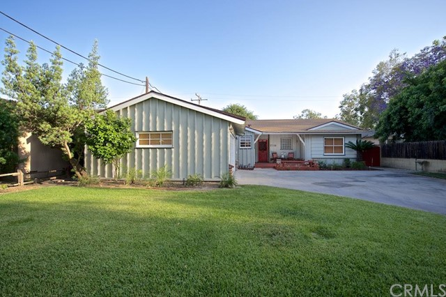 Single Family Home for Sale at 1014 West Santa Clara St 1014 Santa Clara Santa Ana, California 92706 United States