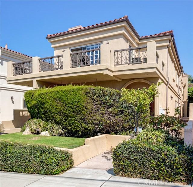 716 Lucia Avenue, Redondo Beach, California 90277, 3 Bedrooms Bedrooms, ,2 BathroomsBathrooms,Townhouse,For Sale,Lucia,PV20207865
