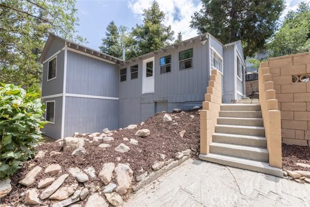 2427 Spruce Drive, Running Springs CA: http://media.crmls.org/medias/03ec3b82-0d2b-4ea7-a8d0-2e8e585b8398.jpg