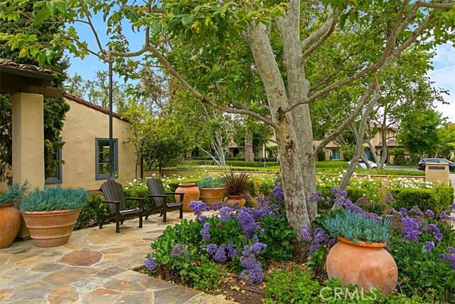 40 Secret Garden, Irvine CA: http://media.crmls.org/medias/03f002f7-46ef-4281-9eac-70d8c98e0ec2.jpg