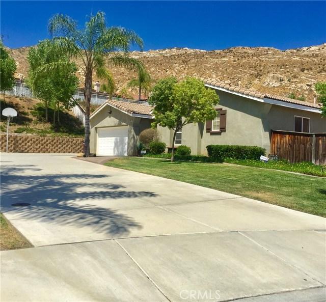 9854 Cabazon Circle, Moreno Valley, CA 92557