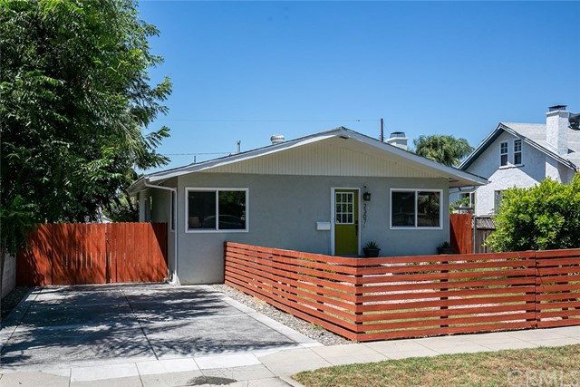 2307 El Sereno Avenue, Altadena, California 91001, 3 Bedrooms Bedrooms, ,1 BathroomBathrooms,Residential,For Sale,El Sereno,OC19198084