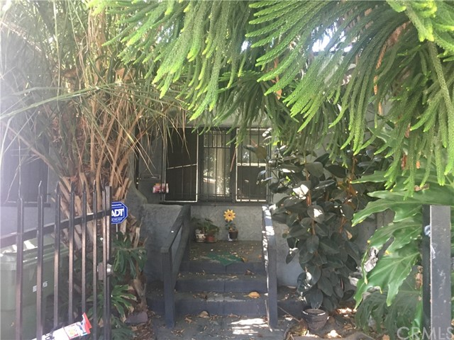 2757 West View Street, Los Angeles, CA 90016