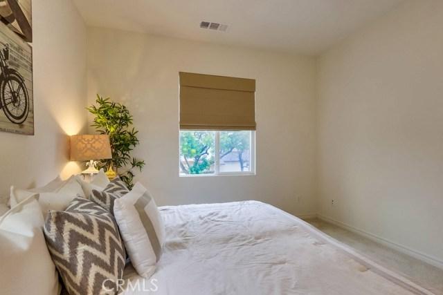 2900 E South St, Anaheim, CA 92806 Photo 18