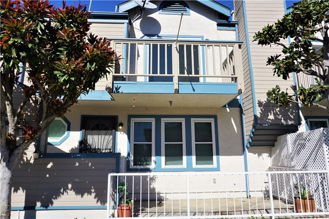 Casa unifamiliar adosada (Townhouse) por un Venta en 533 Walnut Avenue Long Beach, California 90802 Estados Unidos