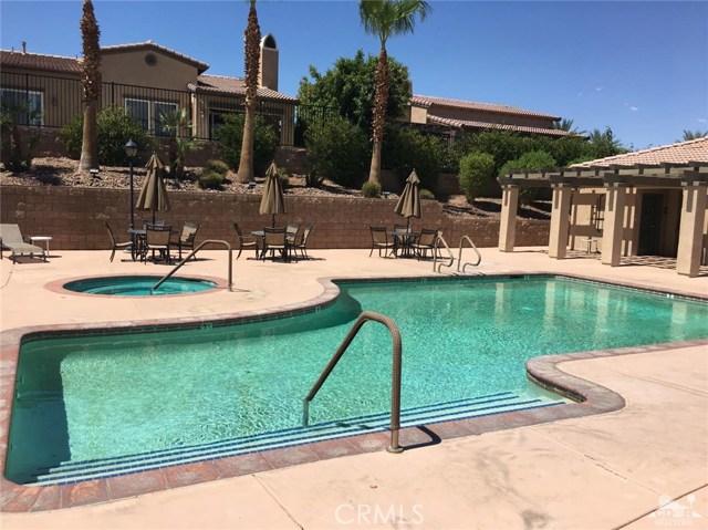 77355 New Mexico Drive, Palm Desert CA: http://media.crmls.org/medias/041108b2-c71b-44c7-a77a-673ef05f5bd6.jpg