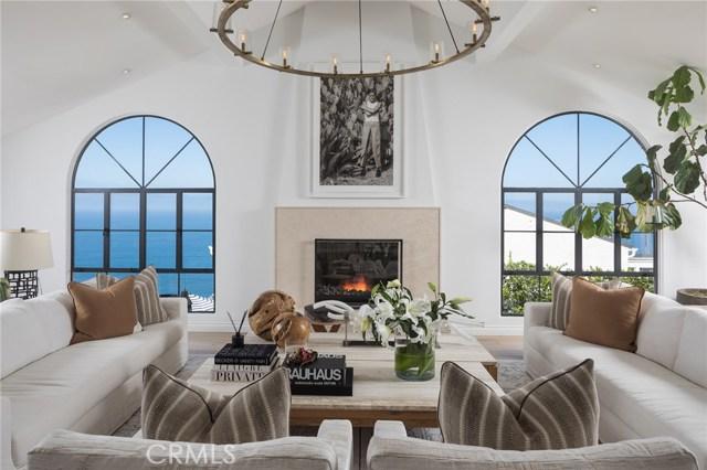 651 Nyes Place, Laguna Beach CA: http://media.crmls.org/medias/04133fac-da31-491a-ad4d-dee151e44dbc.jpg