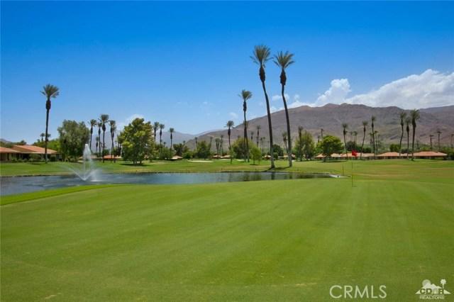 21 La Cerra Drive, Rancho Mirage CA: http://media.crmls.org/medias/04273ec7-04c9-4a3e-b7df-32670ceb30d4.jpg