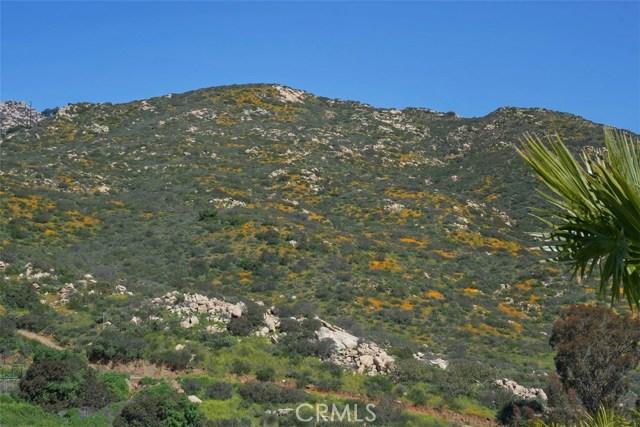 16311 Espola Road, Poway CA: http://media.crmls.org/medias/04384a0f-1db6-4a77-a301-2c2f3416bfa3.jpg