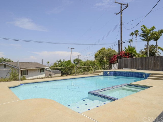 7891 Chula Vista Drive, Rancho Cucamonga CA: http://media.crmls.org/medias/0448f1f1-d3b0-4062-b1c3-5593c398fc0e.jpg