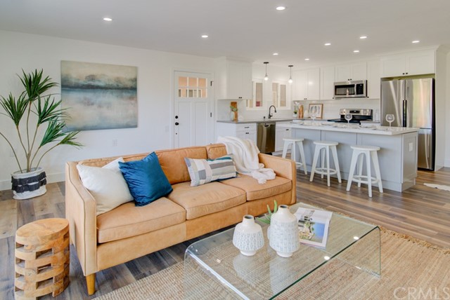 3020  Via Buena Vista, Laguna Woods in Orange County, CA 92637 Home for Sale