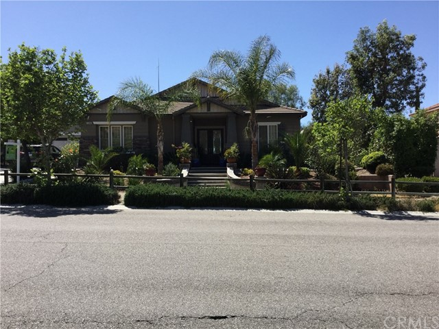 Single Family Home for Rent at 1508 Valley Drive E Norco, California 92860 United States