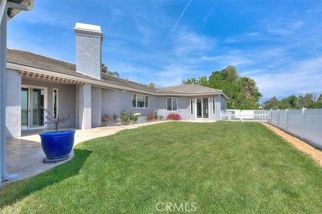 3186 Riverside Terrace, Chino CA: http://media.crmls.org/medias/046b34fe-5879-4d13-a625-08f3a26bf49d.jpg