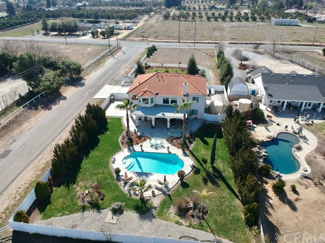 Single Family Home for Sale at 11027 N Stanford Avenue Clovis, California 93619 United States