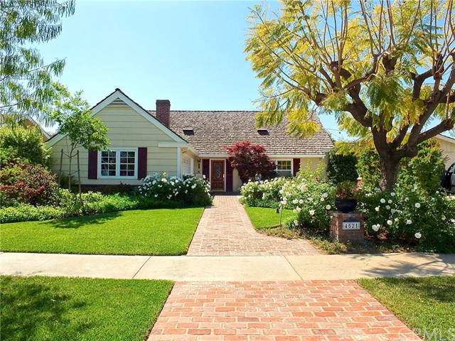 Single Family Home for Sale at 4521 Clubhouse Drive Lakewood, California 90712 United States
