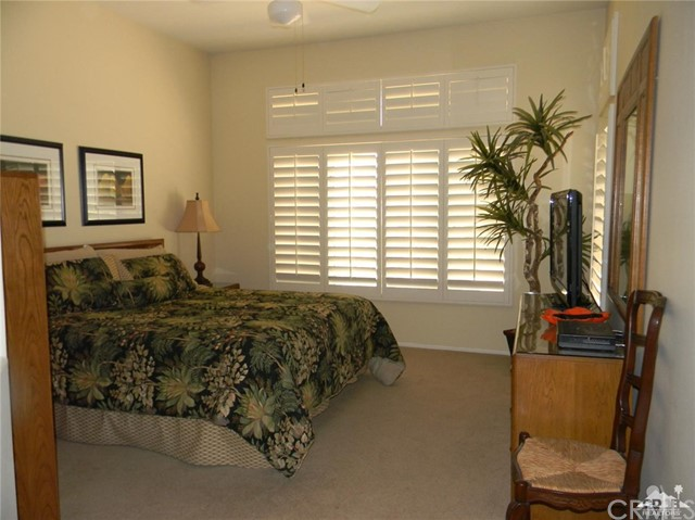 78260 Willowrich Drive, Palm Desert CA: http://media.crmls.org/medias/04749004-f6af-48b1-94bd-438f3a34e84a.jpg