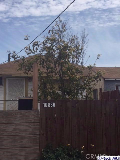 Single Family Home for Sale at 10836 Firmona Avenue Lennox, California 90304 United States