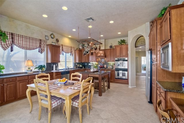 32179 Via Bejarano, Temecula, CA 92592 Photo 24