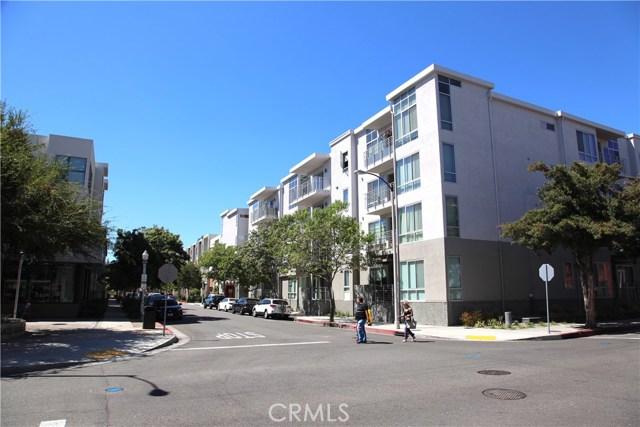 111 S De Lacey Avenue, Pasadena CA: http://media.crmls.org/medias/0491552e-adc4-4410-91a1-e821847ab8cb.jpg
