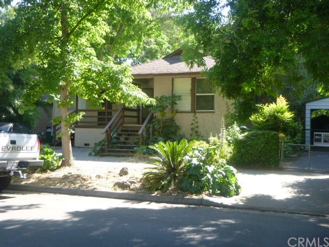 1143 Oleander Avenue, Chico, CA 95926