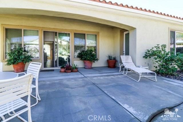 80222 Avenida Santa Olivia, Indio CA: http://media.crmls.org/medias/0495b91c-9729-48a1-b353-bdab7403b73a.jpg