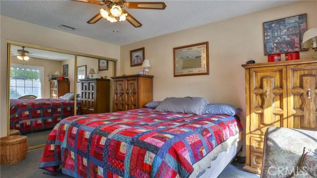 1322 Lanfair Street, Redlands CA: http://media.crmls.org/medias/04adf8cb-8265-4e0d-a452-8c7f84722a3d.jpg
