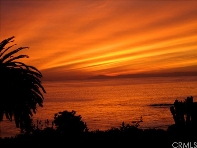 520 Cliff Drive 102, Laguna Beach, CA, 92651