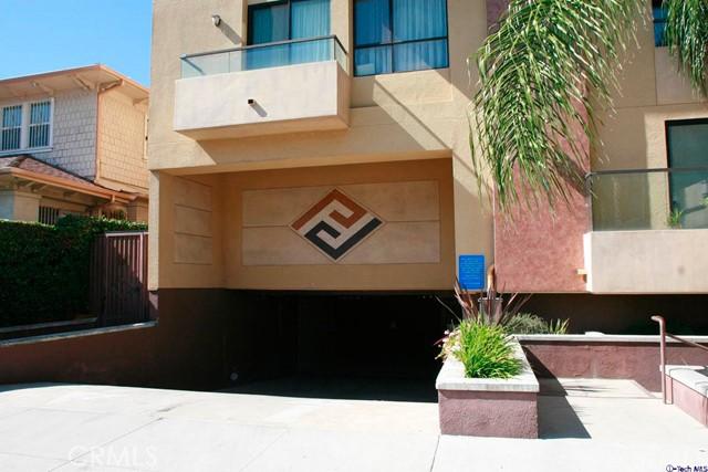 871 Crenshaw Bl, Los Angeles, CA 90005 Photo 2