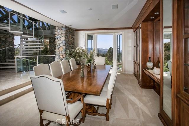 30552 Hilltop Way, San Juan Capistrano CA: http://media.crmls.org/medias/04c03849-c53b-4809-bff9-22b30c556f6e.jpg