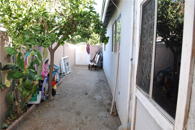 1834 E Bassett Wy, Anaheim, CA 92805 Photo 21