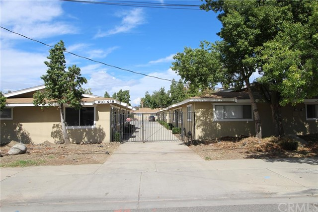 Multi Family for Sale, ListingId:35919758, location: 910 East Whittier Avenue Hemet 92543