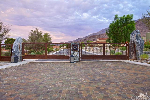2273 Tuscany Heights Drive Palm Springs, CA 92262 - MLS #: 217029850DA