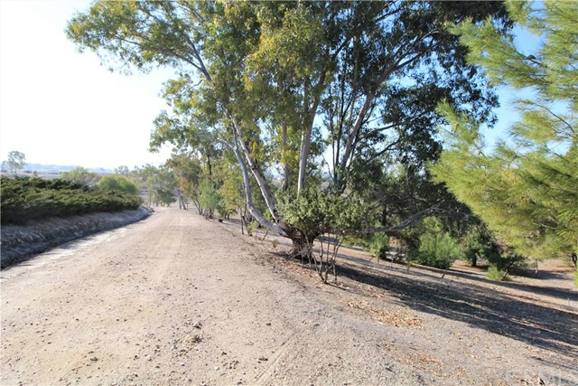 3960 Hord Valley Road, Creston CA: http://media.crmls.org/medias/04d5c413-fee4-4fe1-8316-2f0bfdea9e01.jpg