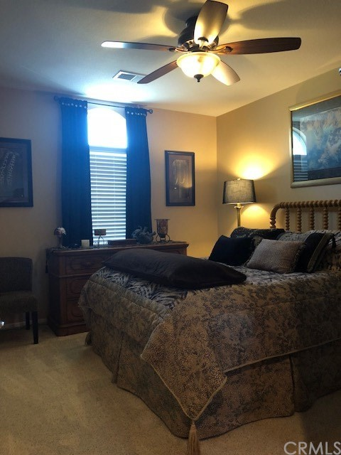 15723 Parkhouse Drive, Fontana CA: http://media.crmls.org/medias/04e72581-4275-402f-9065-7b8d247d3ae1.jpg