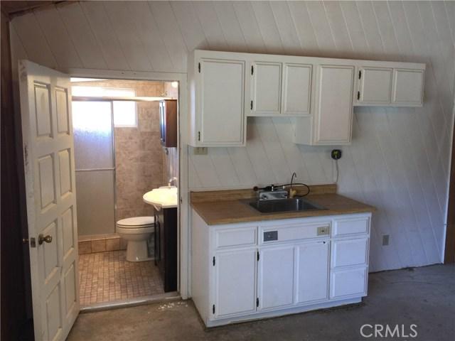 32465 Camino San Ignacio, Warner Springs CA: http://media.crmls.org/medias/04e9c2d6-d2f7-435d-bb46-2bcf5d8a7cfa.jpg