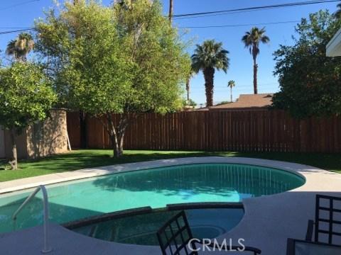 74430 Chicory Street, Palm Desert CA: http://media.crmls.org/medias/04edc098-3a3f-4fbc-a536-c85712d6aeb5.jpg