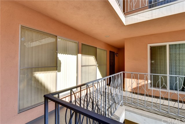 1139 E Ocean Boulevard Unit 207 Long Beach, CA 90802 - MLS #: PW18286755